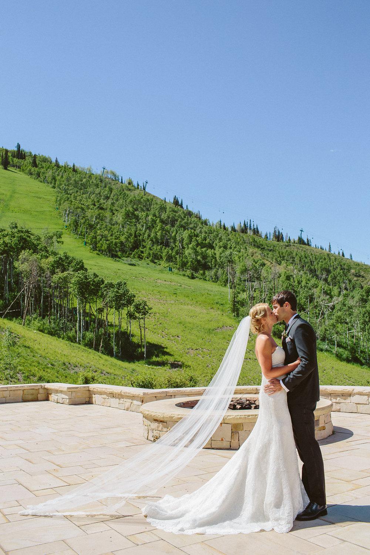 montage-deer-valley-summer-wedding-12.jpg
