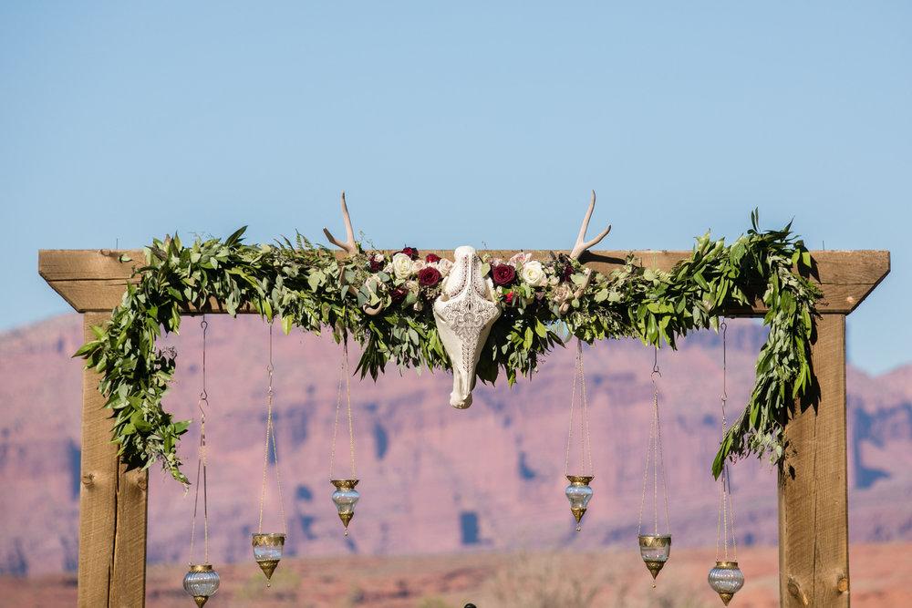 moab-destination-wedding-photographer-14.jpg