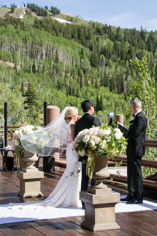 stein-eriksen-wedding-photographer-15.jpg