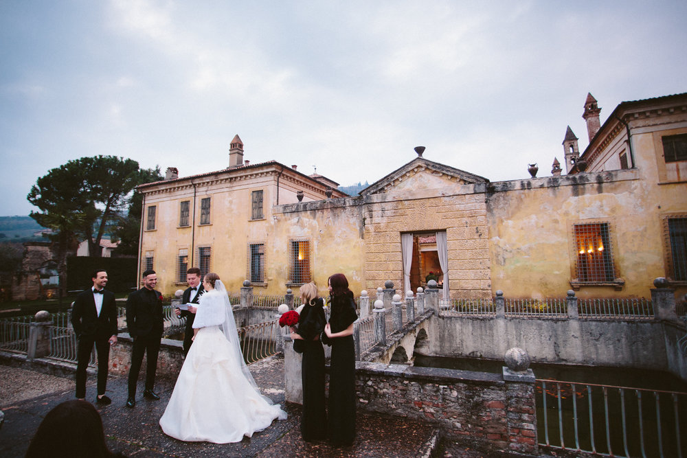 italy-destination-wedding-photographer-44.jpg