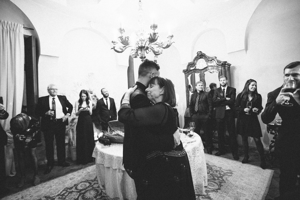 italy-destination-wedding-photographer-67.jpg
