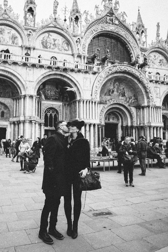 italy-destination-wedding-photographer-4.jpg