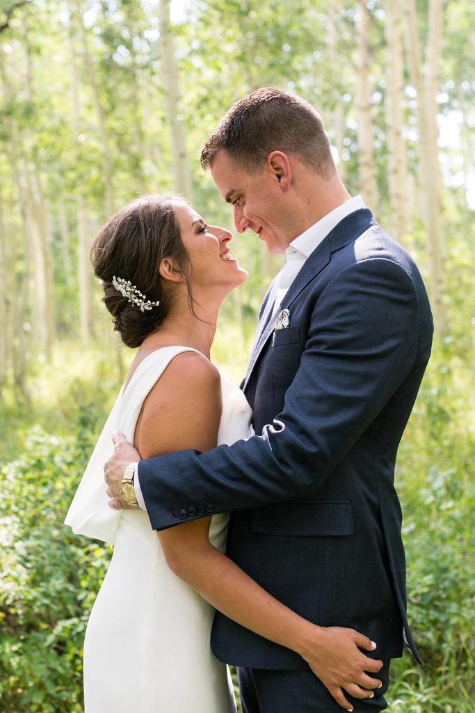 park-city-st-regis-deer-valley-destination-wedding-photographer-24.jpg