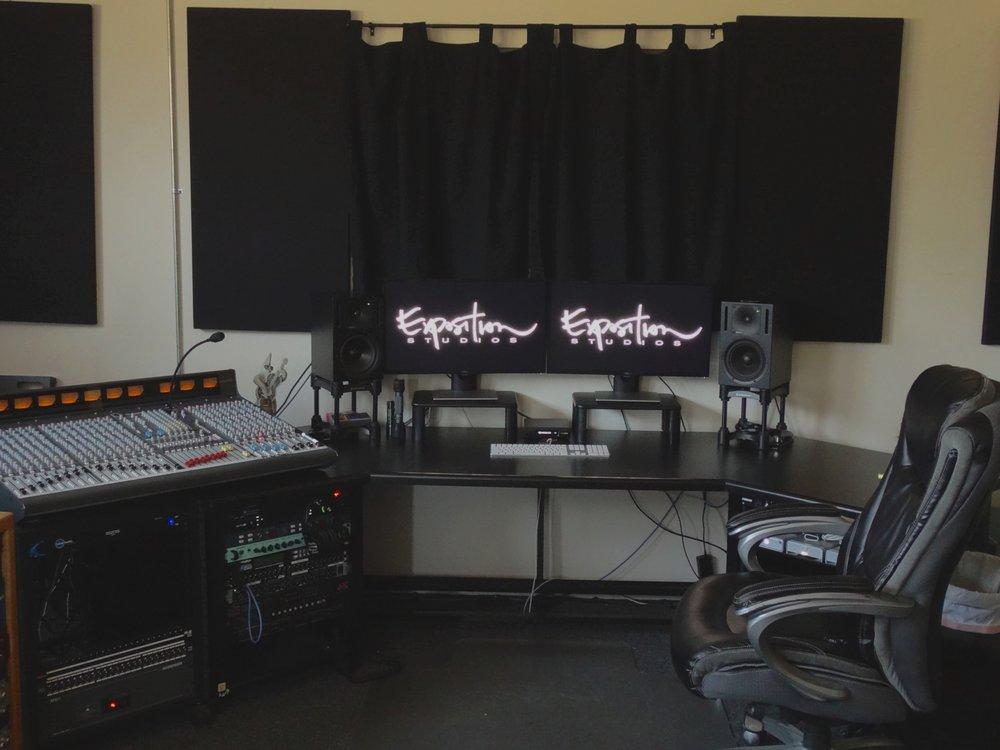 Deskboard4.JPG
