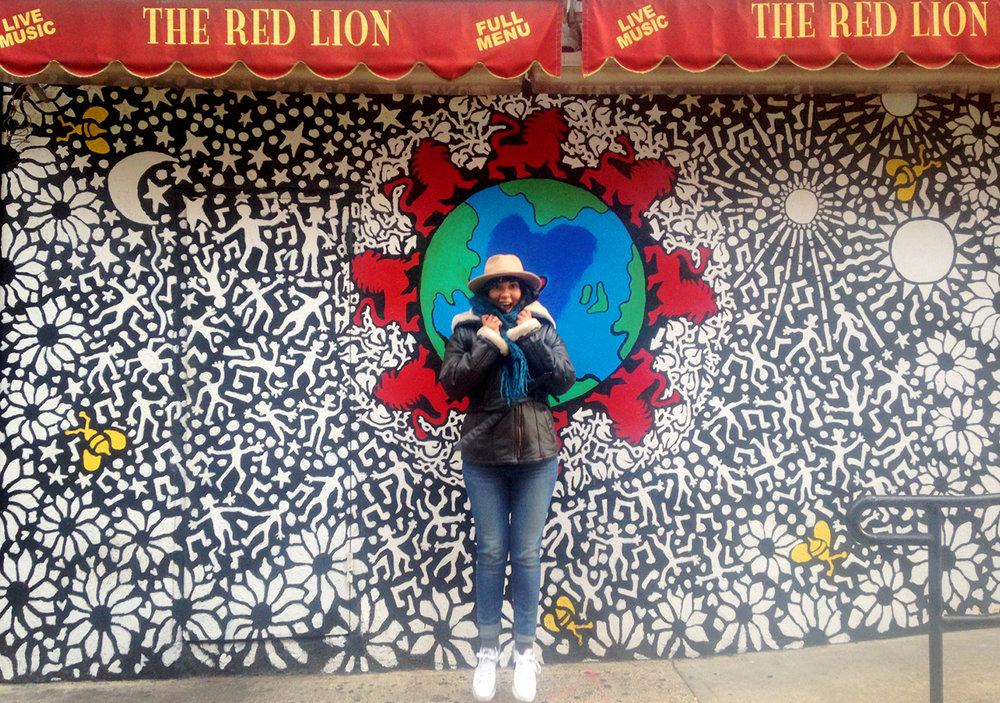 La Guía Mas Cool De Murales Artísticos En NY // ¡Si vives o estas visitando la cuidad de Nueva York, no dudes en visitar estos murales artísticos para tomarte fotos súper cool!