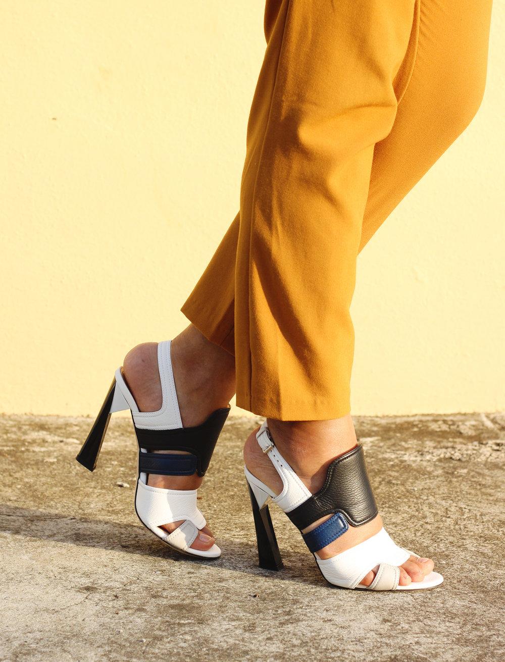 15 ESTUPENDOS ZAPATOS DE CALVIN KLEIN EN DESCUENTO // Aprovechen esta mega venta de zapatos de Calvin Klein, la mayoría de ellos menos de $ 100! Estoy empezando a imaginar muchos looks de verano con ellos.