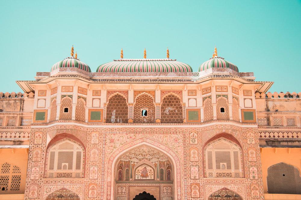 ¿Interesado en viajar a la India? Aquí la guía completa que necesitas saber: vuelos, vestimienta, lugares turísticos, costo, transporte y mucho más.viaje-india-travel-guia-19-amber-palace-fort