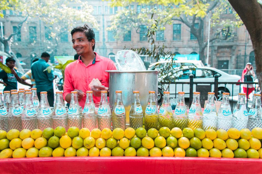 ¿Interesado en viajar a la India? Aquí la guía completa que necesitas saber: vuelos, vestimienta, lugares turísticos, costo, transporte y mucho más.viaje-india-travel-guia-56-streets-dukes-drink