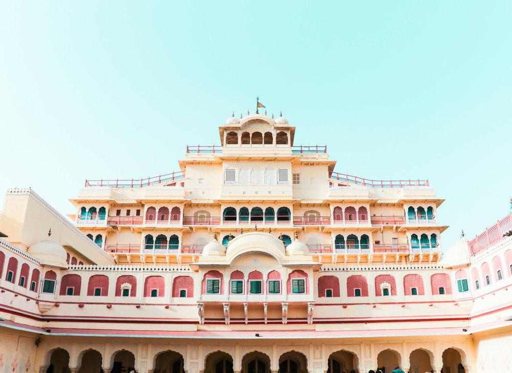 ¿Interesado en viajar a la India? Aquí la guía completa que necesitas saber: vuelos, vestimienta, lugares turísticos, costo, transporte y mucho más.City Palace, Jaipur