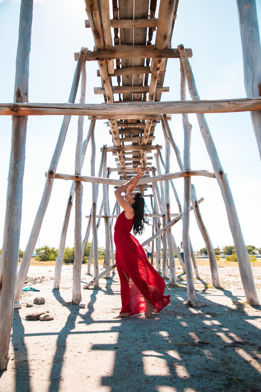 Cómo Transformar Los Vestidos Largos Para Diferentes Ocasiones | Este vestido lo ha usado en unas 3 ocasiones para 3 bodas diferentes. Ahora te comparto mis trucos para los vestidos largos...