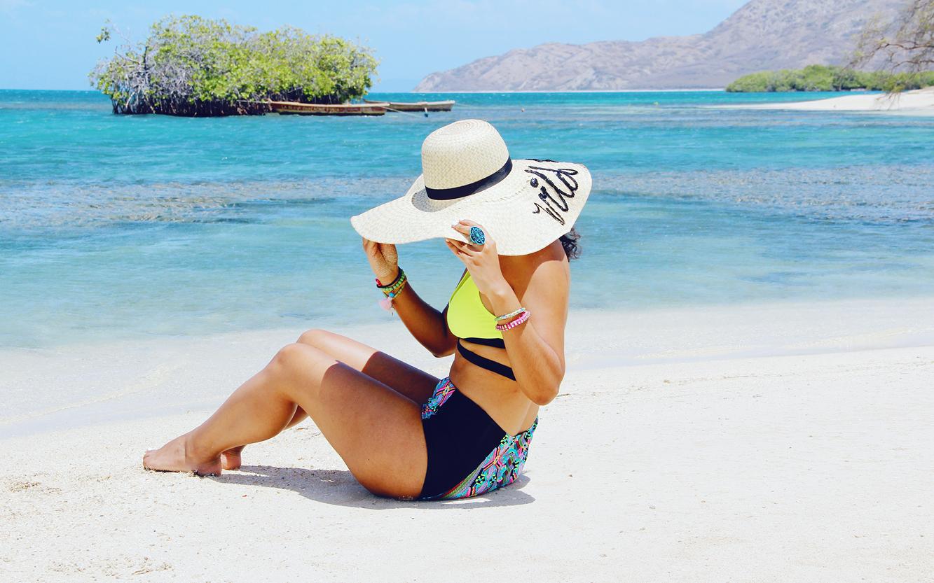 """Un Viaje En Bote A La Playa """"Los Corbanitos"""""""