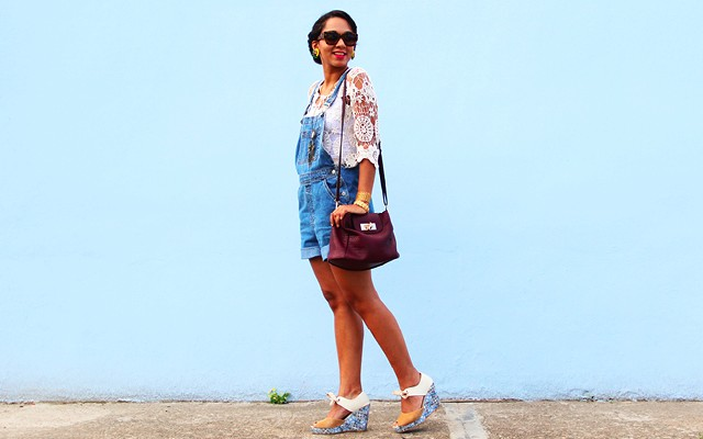 How To Wear A Denim Overalls Like A Grown Up