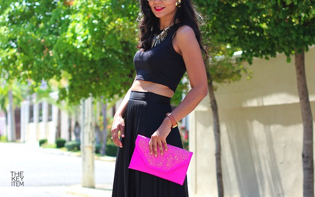How To Wear A Black Outfit In The Summer