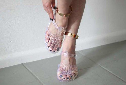 Una Tendencia Del Pasado: Zapatos De Jelly