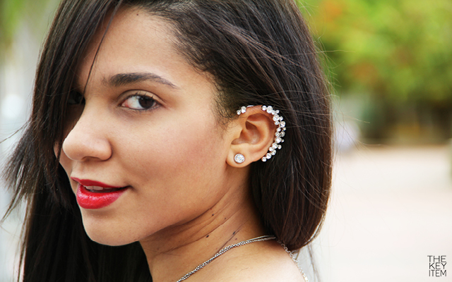 How To Mix an Earcuff With A Feminine Style