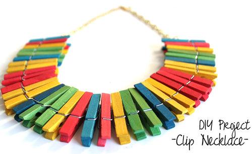 DIY Collar con Ganchos de Ropa