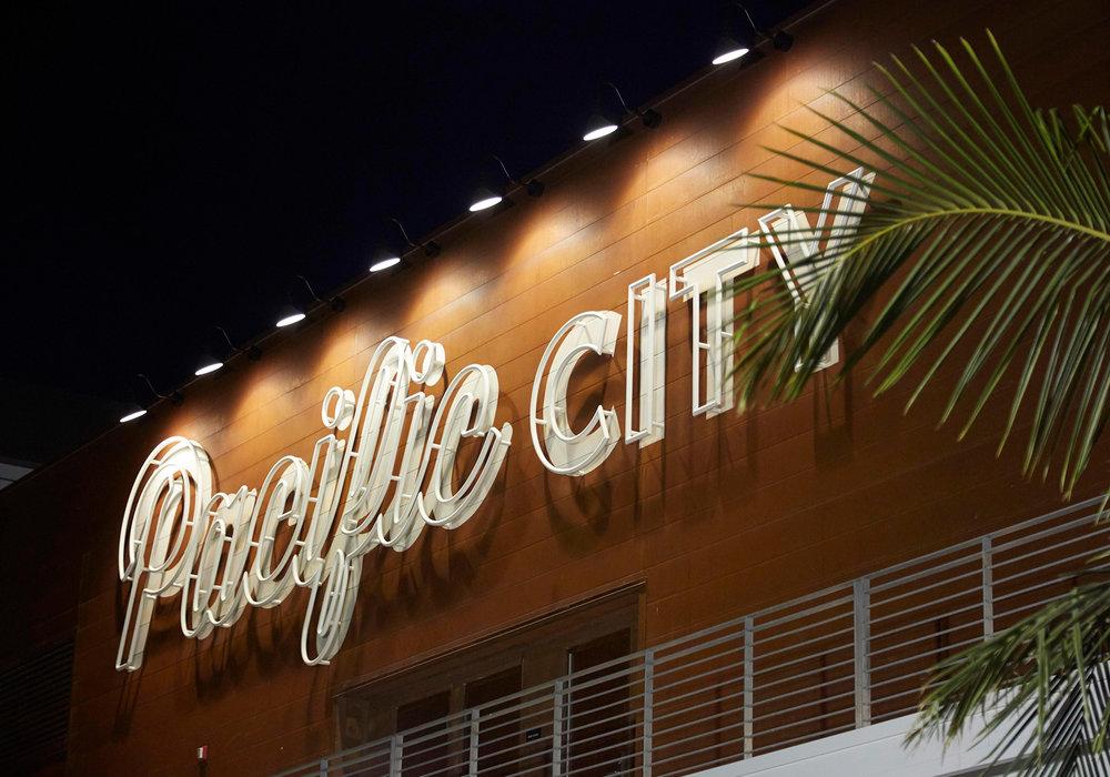 Our_Portfolio_Pacific_City_01.jpg