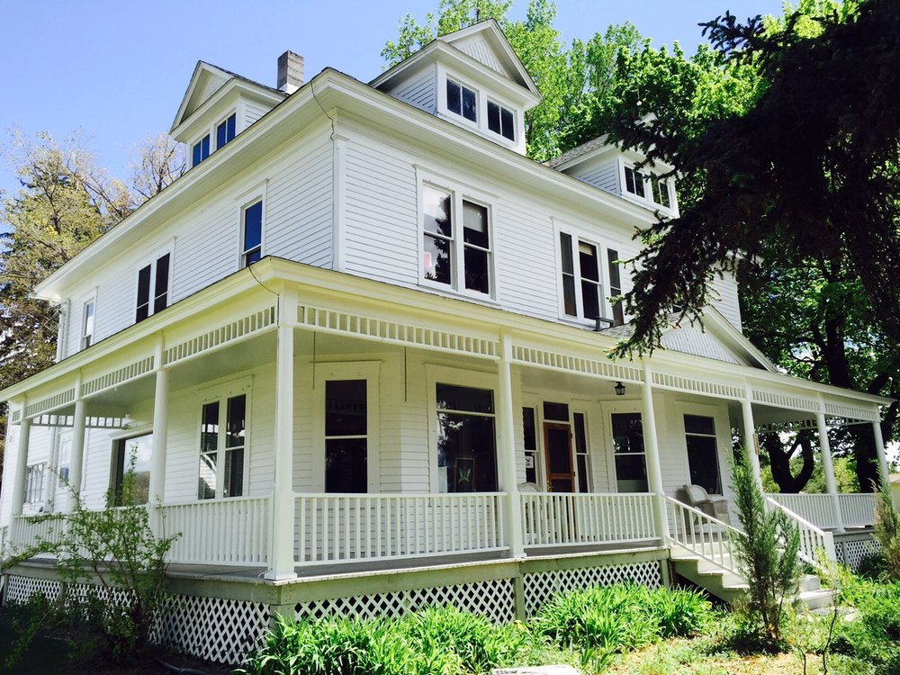 Teller's main office, Quast House