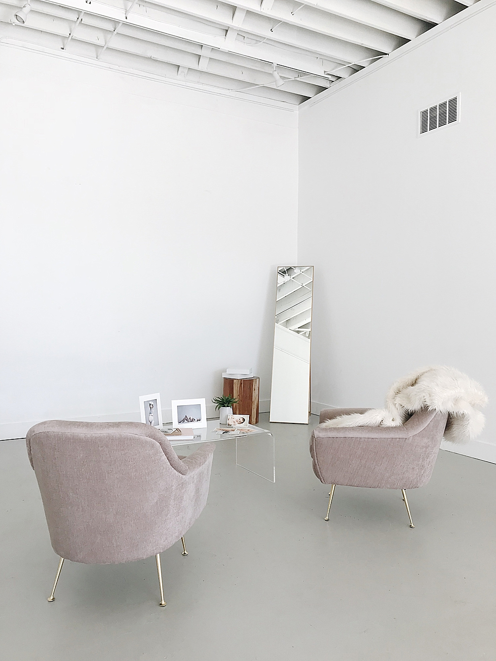 modern white Anchorage meeting space rental