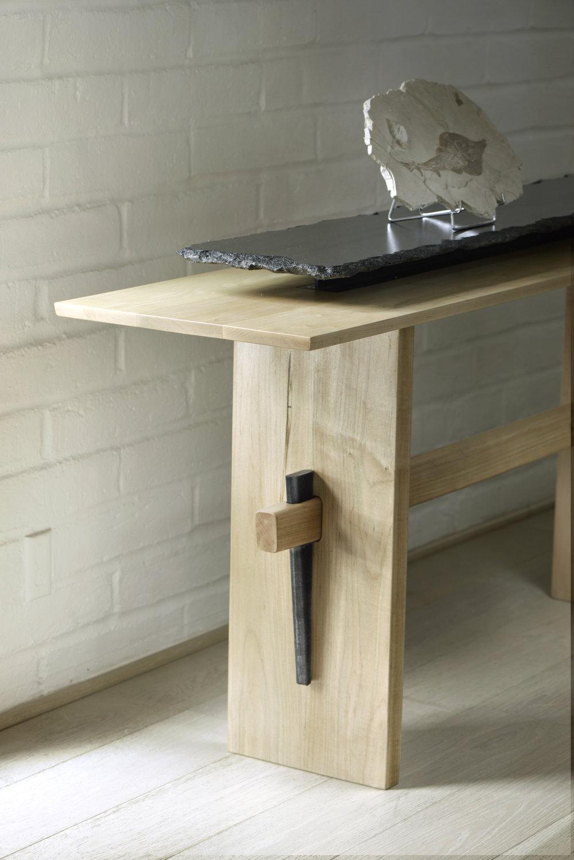 Granite Table 02.jpg