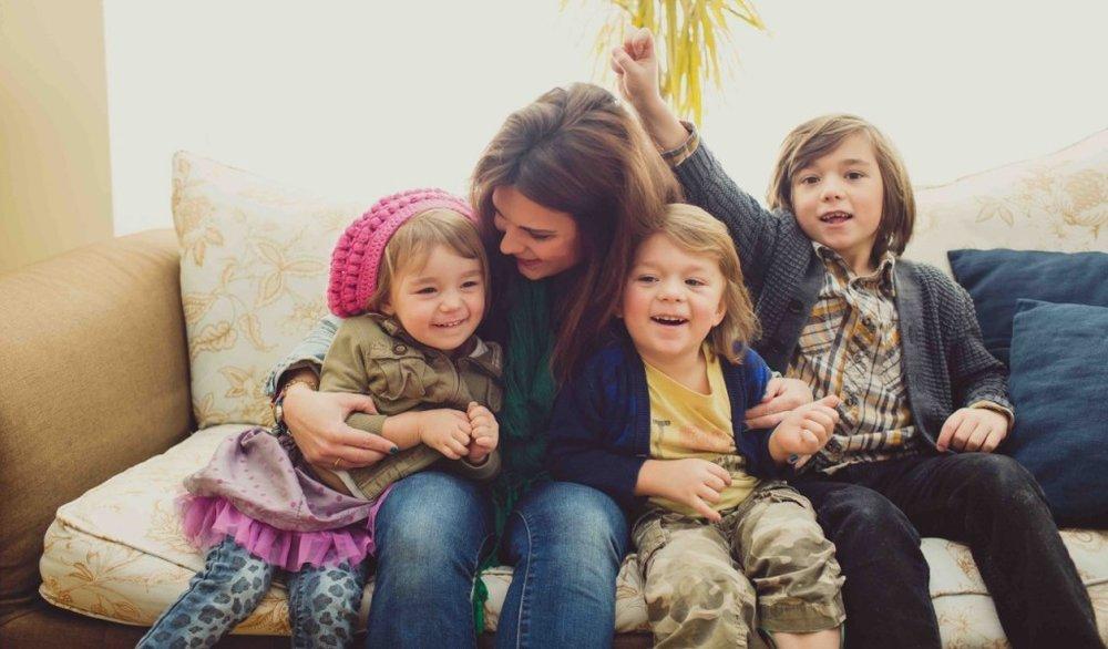 Kelley-and-her-kids-1024x600.jpg