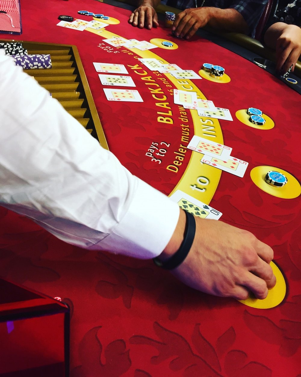 high-rollers-social-club-blackjack.JPG