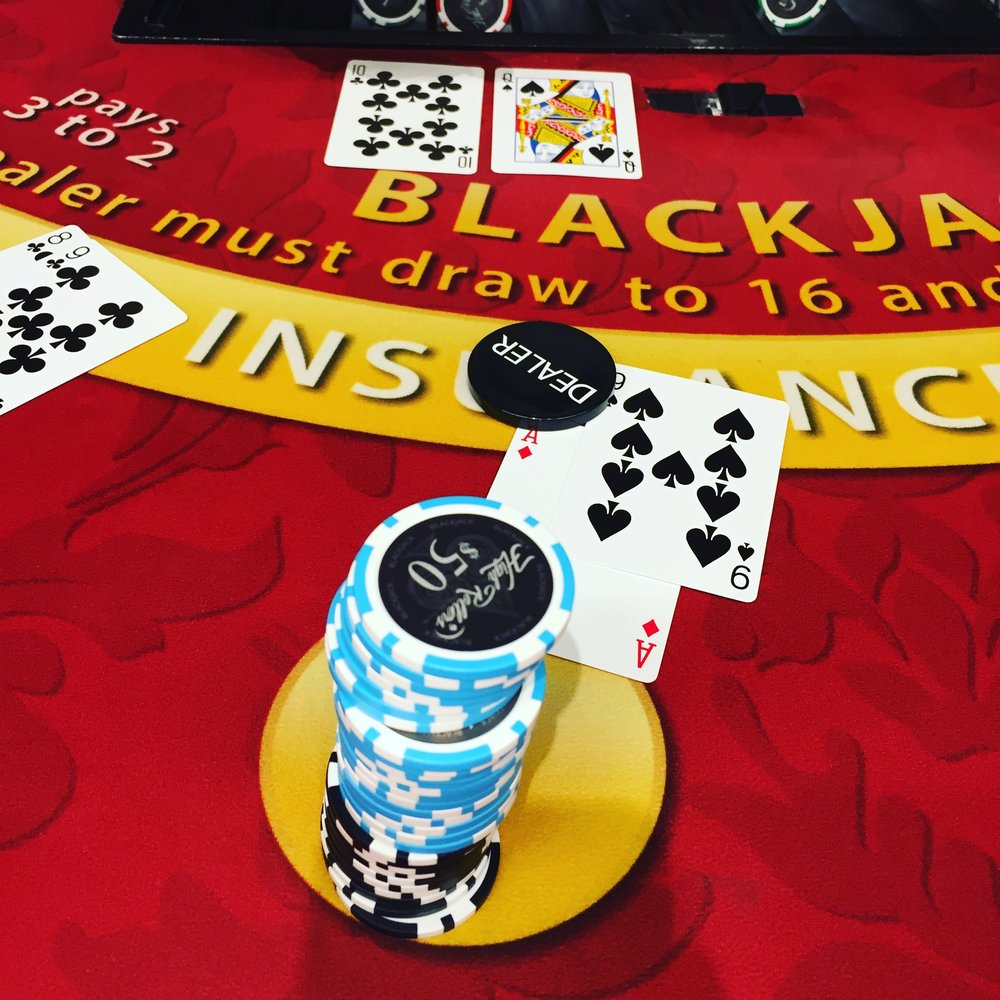 high-rollers-social-club-blackjack-game-5.JPG