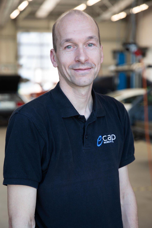 Frank von Rönnen | Servicetechniker  fvr@ecap-mobility.com