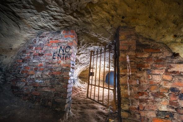 A Lamar Francois photo of the Peel Street caves.