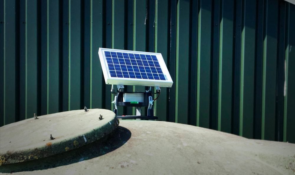 BIN MONITORING - Say hello to Binfo, the world's first solar powered spoilage detection and level sensing system for silos in the agricultural industry. Binfo represents a unique design that combines solar power, level sensing, and CO2 based spoilage detection in one simple system.