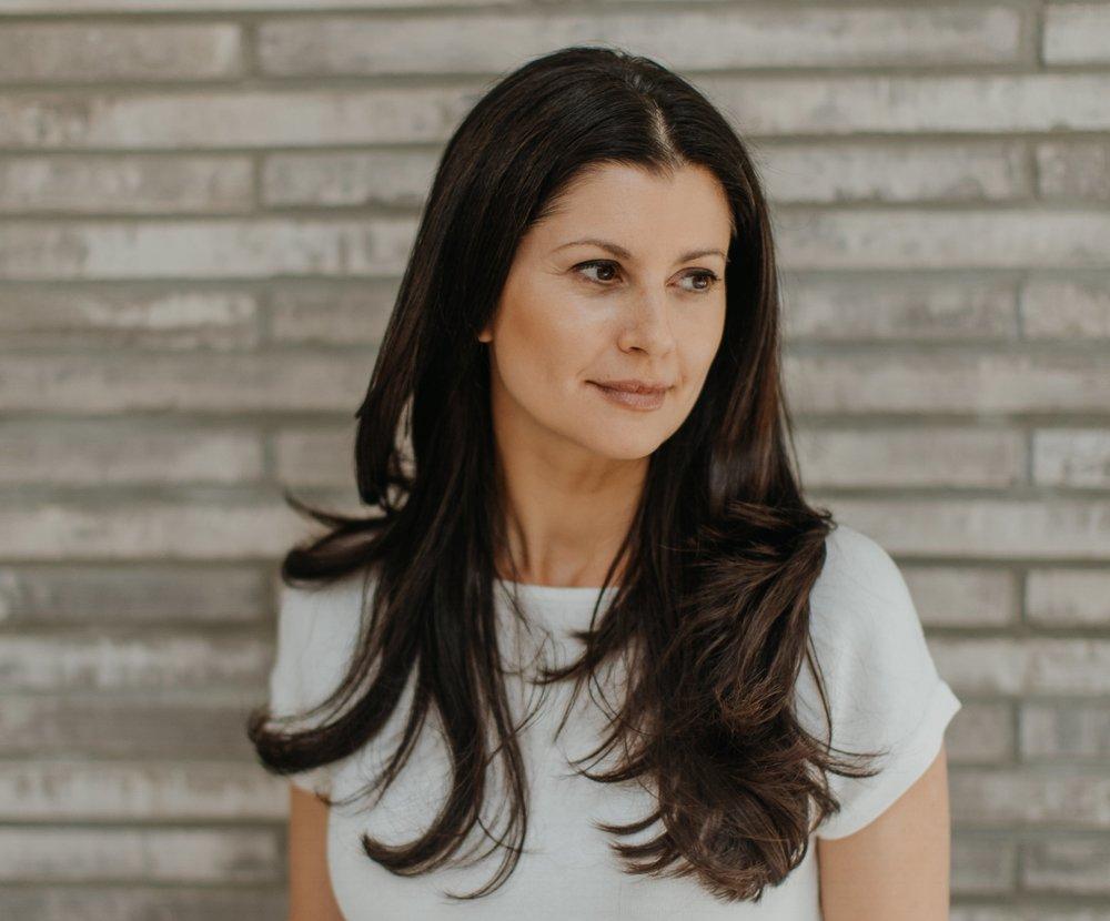 Thalia Pellegrini BA(hons) MA (Cantab) Cambridge University, FdSc DipION  Registered Nutritional Therapist CNHC, Registered Nutritionist MBANT