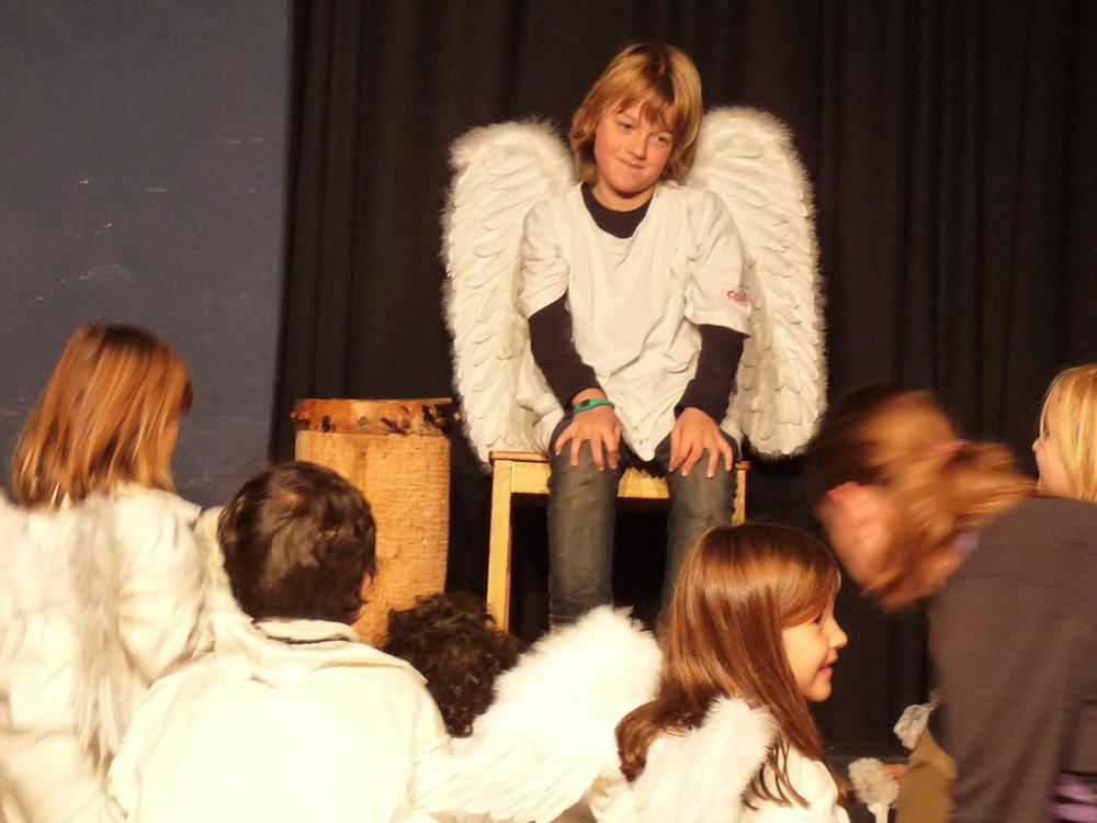 2009 purpur Ein besonderes Geschenk 01.JPG