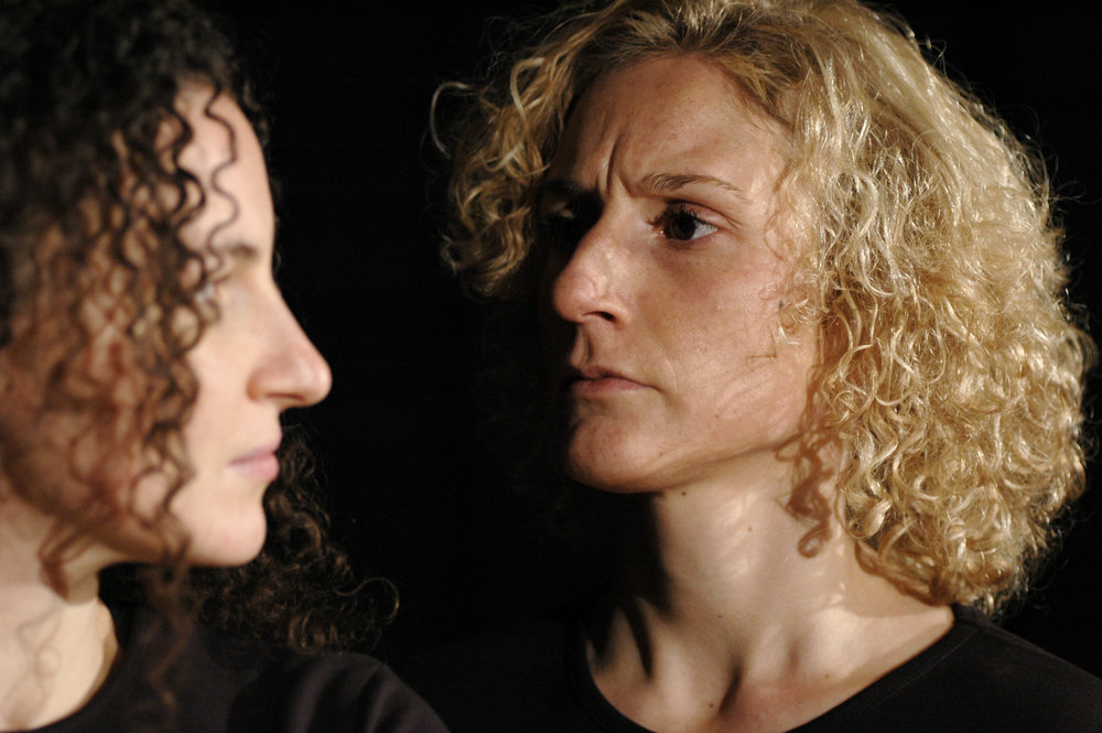 2006 TheaterStudio Freitag Medea 04.JPG