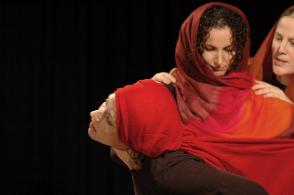 2006 TheaterStudio Freitag Medea 08.JPG