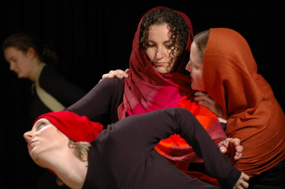 2006 TheaterStudio Freitag Medea 09.JPG