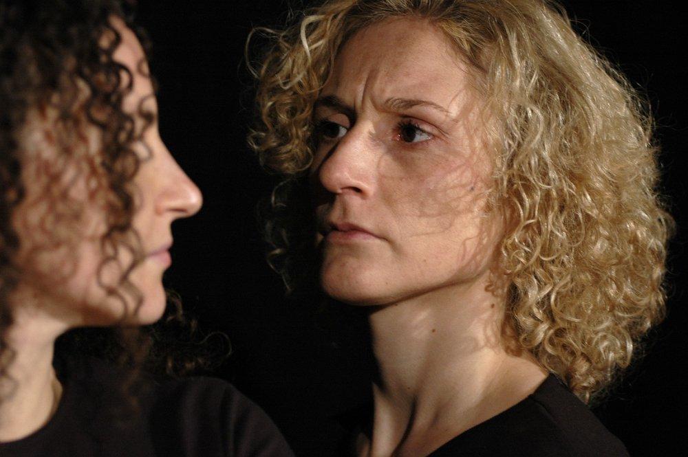 2006 TheaterStudio Freitag Medea 30.JPG