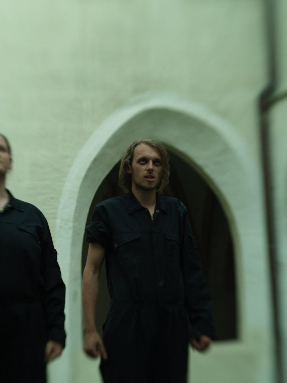 2008 TheaterStudio Freitag Wer ohne Sünde ist Neustift  02.JPG