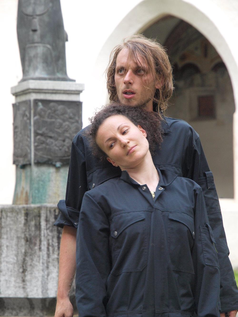 2008 TheaterStudio Freitag Wer ohne Sünde ist Neustift  22.JPG