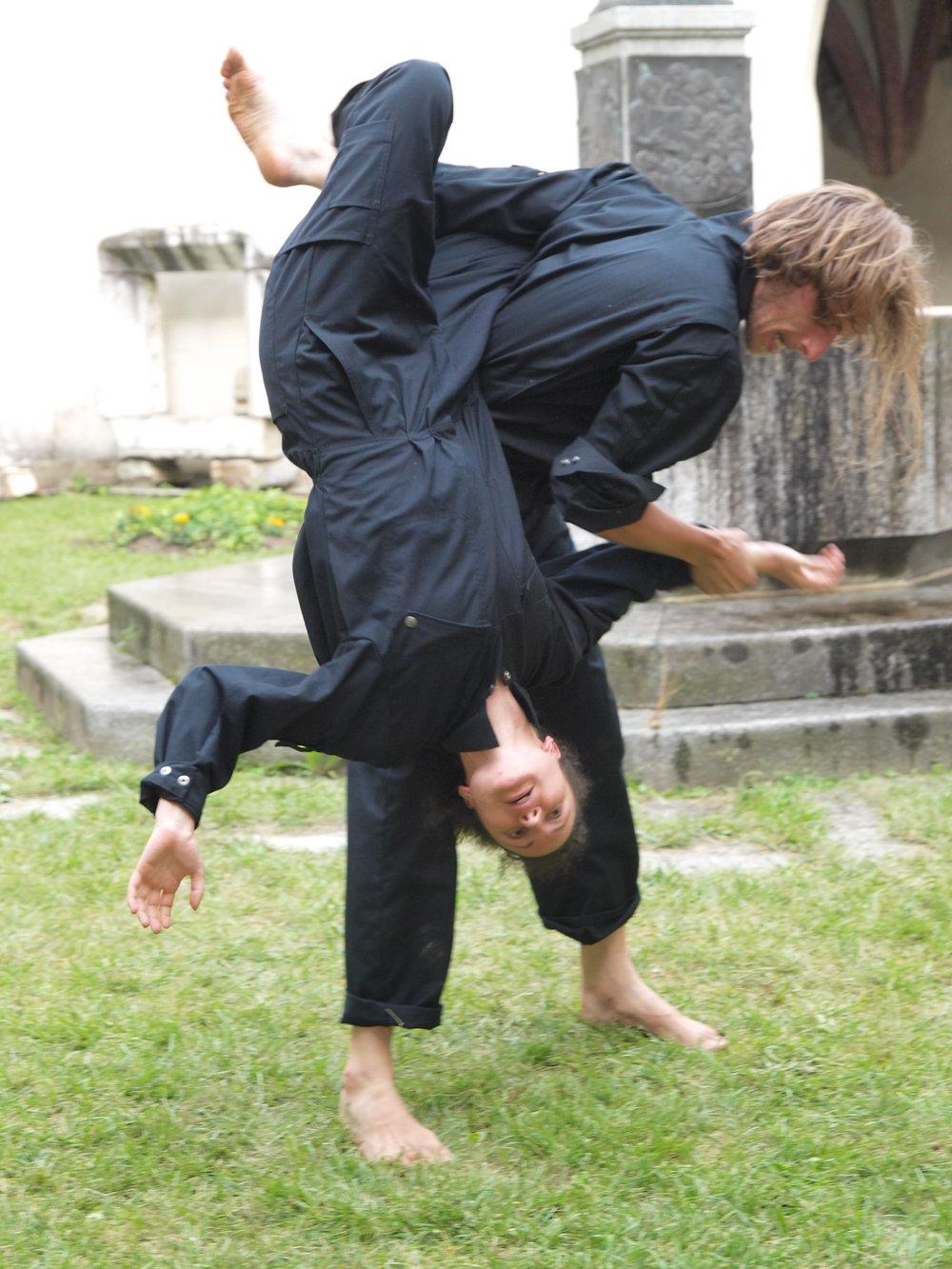 2008 TheaterStudio Freitag Wer ohne Sünde ist Neustift  23.JPG