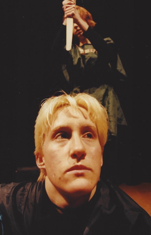 1999 blau Hamlet 04.jpg