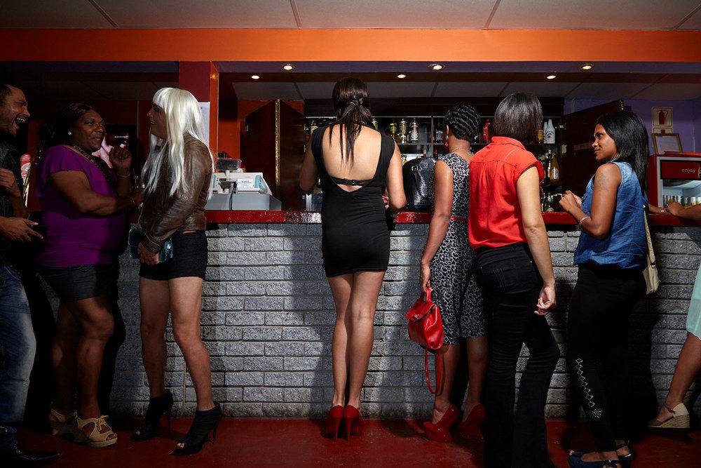 Chedino at the bar