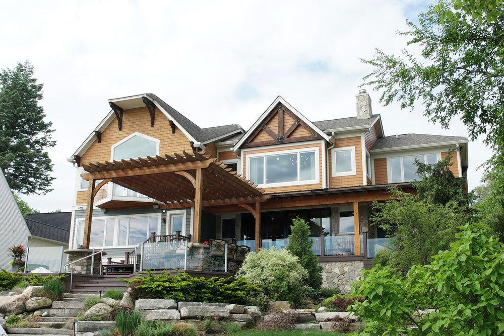 House_back_deck_DSC06488.jpg