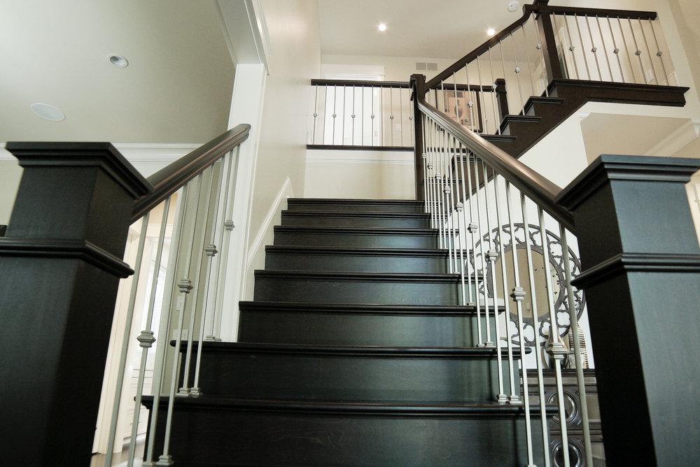 Stairwell_Up_DSC05719.jpg