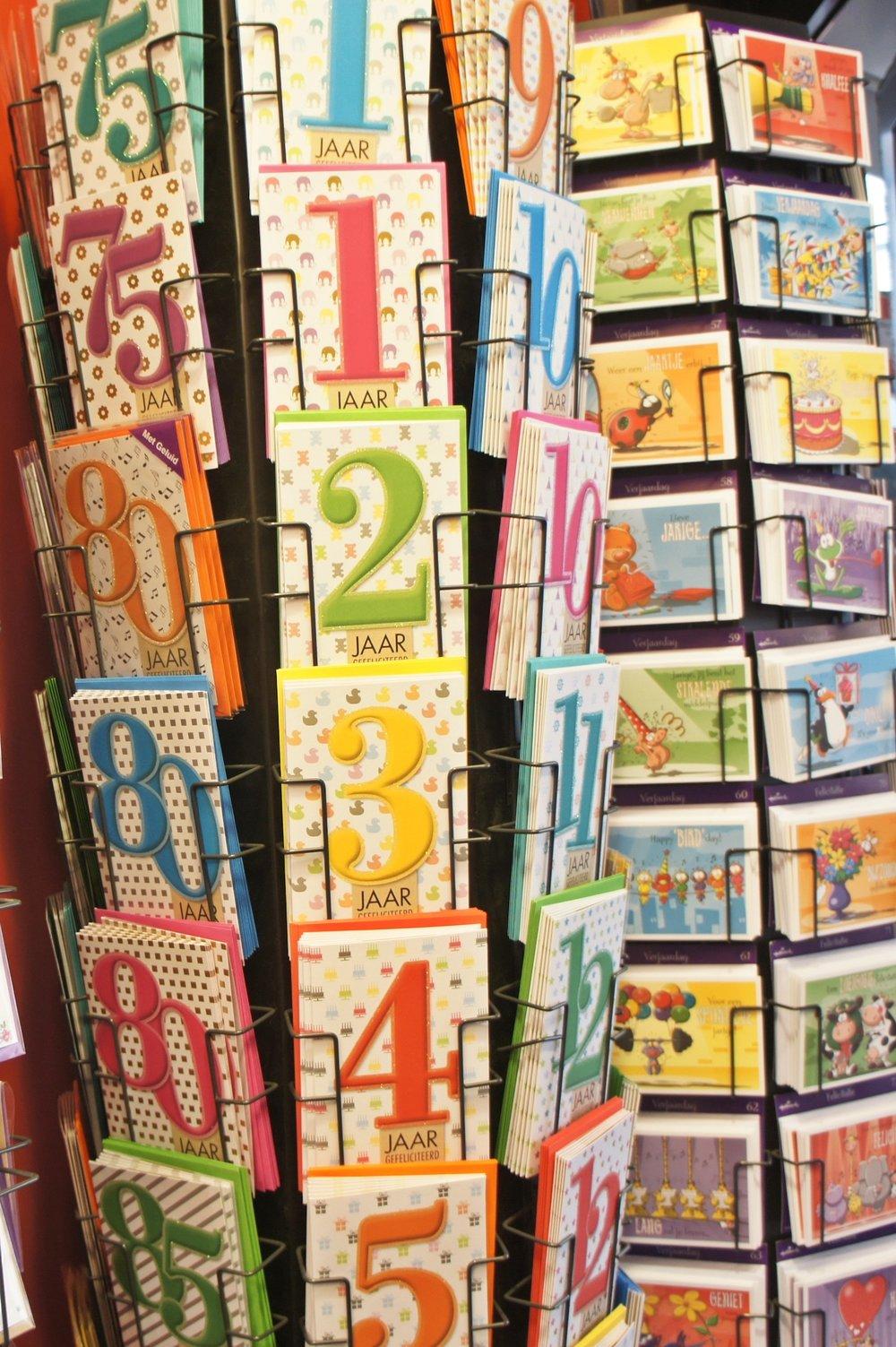 Postkartenständer .jpg