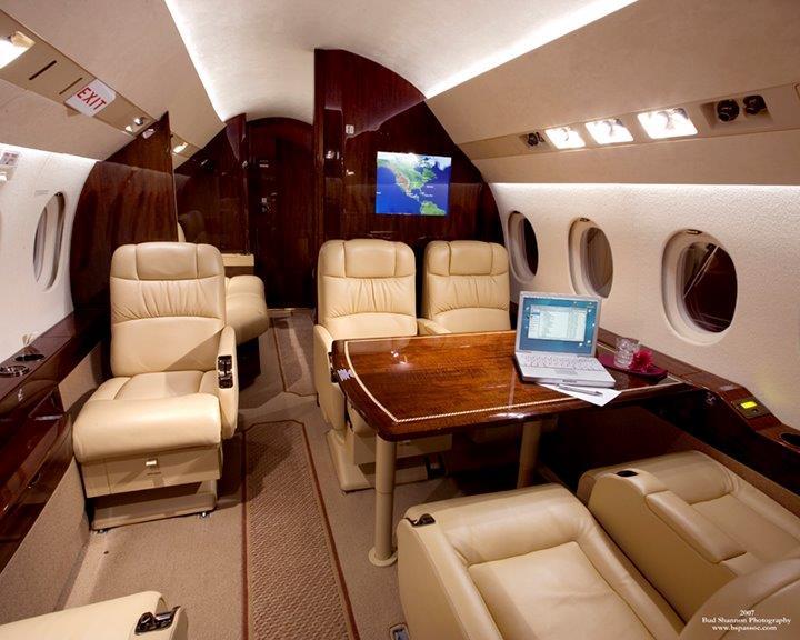 BJI F900DX Interior 9.jpg