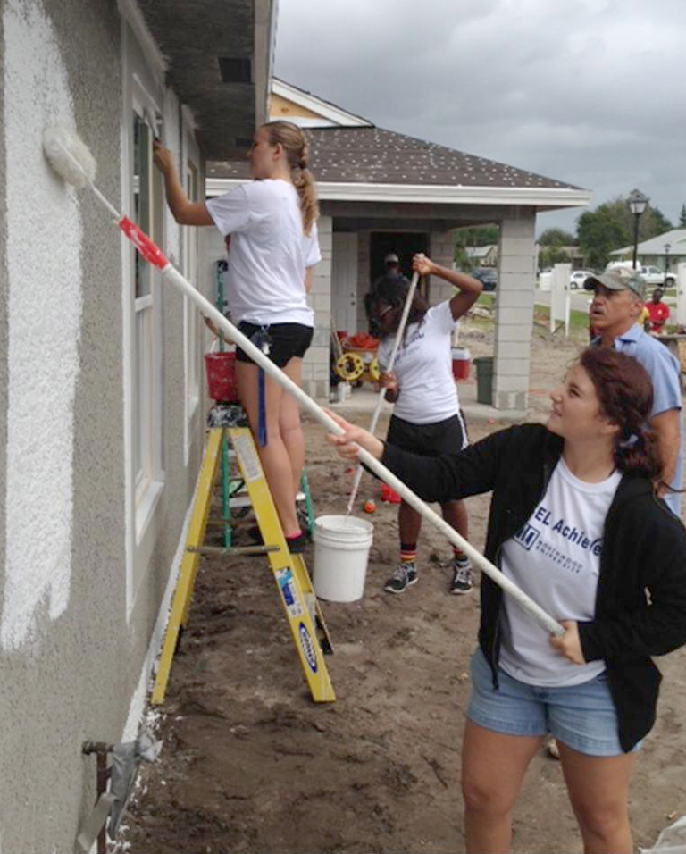Students-Paint-a-Habitat-for-Humanity-House-2014.jpg