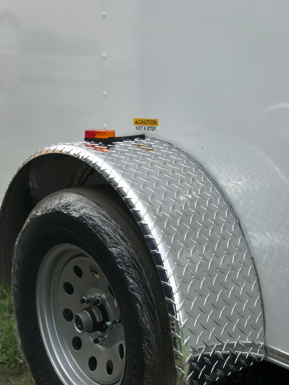 Diamond plate fender