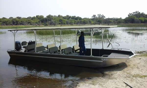 ZEF is urgently working to find donor support for an anti-poaching patrol boat for the Zambezi River. A common vision and strategy with which to work together was agreed on after a very successful early March Cross-Border Collaborative Workshop, held at Chirundu (Zambian/Zimbabwe border post on the Zambezi River) between Zimbabwe Parks, conservation organizations and stakeholders and Zambia Parks conservation organizations and stakeholders.