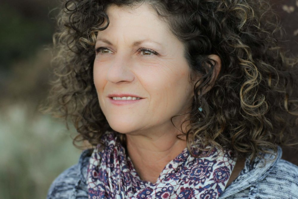 Sandy Bachman Headshot.jpg