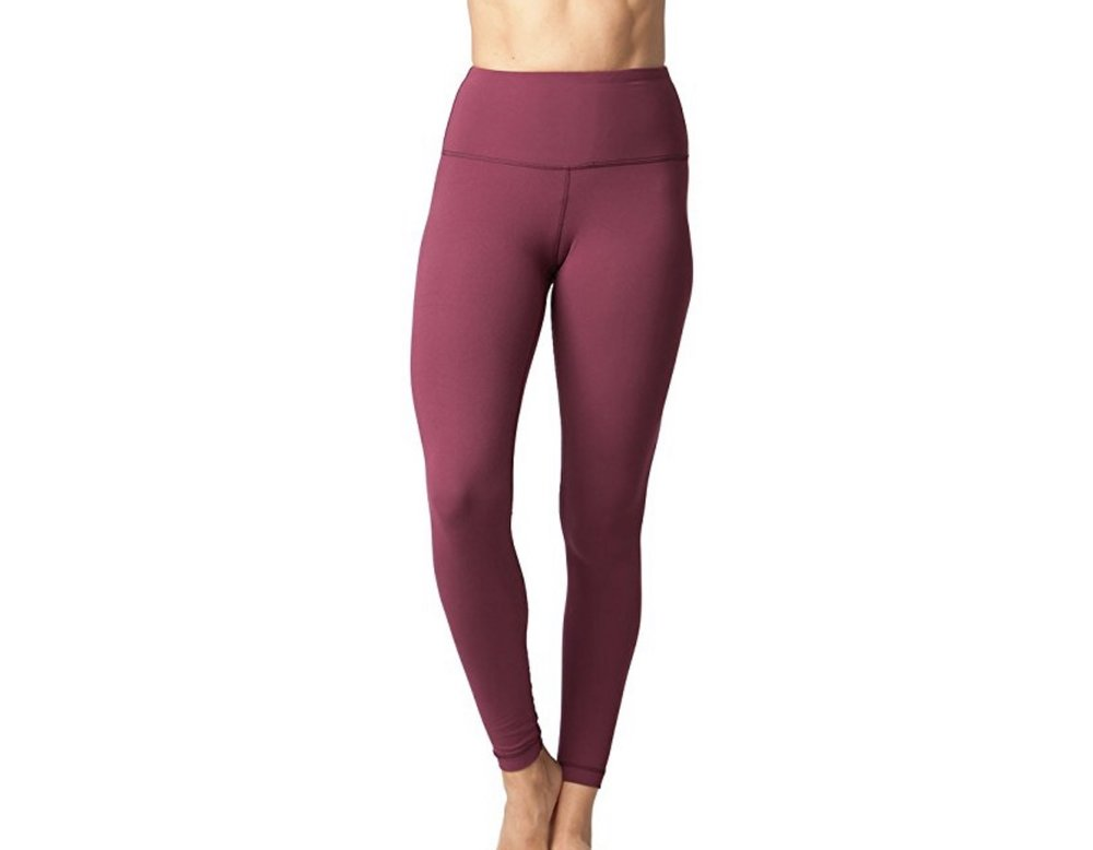 The only difference with these is they have a small waist band inside the top. It isn't annoying at all to me and I actually prefer it because it keeps them perfectly in place and I don't have to pull them up during the day or during a workout like I have to with my aligns! These leggings feel the EXACT same- I have them in three colors!
